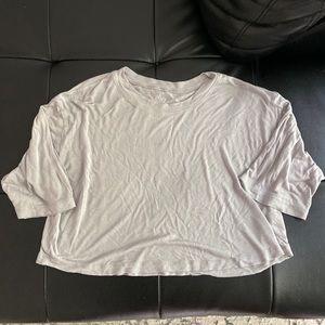 ALO YOGA cropped tshirt